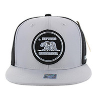 SM062 Cali Bear Snapback Cap (Grey & Black)