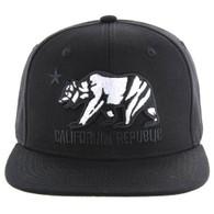 SM025 Cali Bear Snapback (Black & Black)