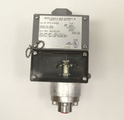 NEW Dwyer/Mercoid 1005-W-B3-D Pressure Switch 3000-PSIG Limit Control 125/250VAC