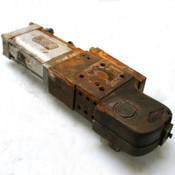 Destaco/Parker P82G63-3100U Pneumatic Clamp 85mm 8 Bar