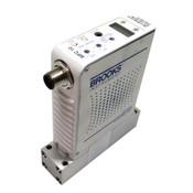 Brooks Instrument GF120CXXC Mass Flow Controller MFC NF3 400 SCCM GF120C-104661
