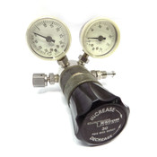 Tescom 64-2860KA422 1000 PSI In/30 PSI Out Pressure Reducing Regulator w/ Gauges