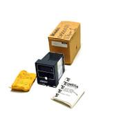 NEW Omega Engineering CN5001J1 Temperature Controller J/TC Probe 115/230VAC �C