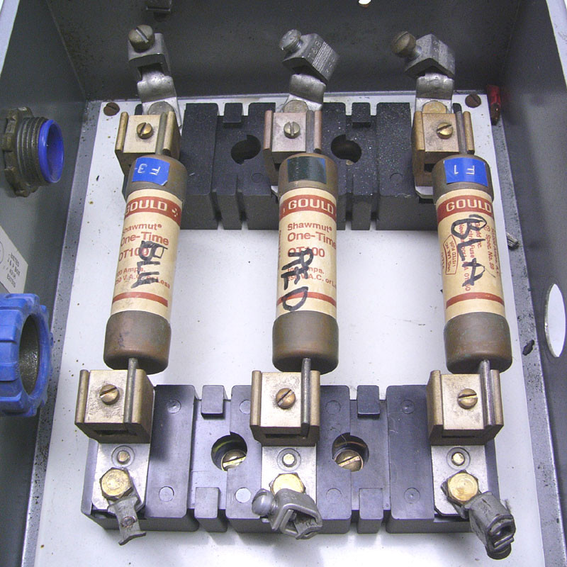 hoffman j \u0026 p box 12x10x5 w allen bradley 100a 600v x fuse block
