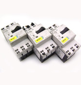 Siemens 3RV1011-0CA20 Circuit Breaker - Lot of 3