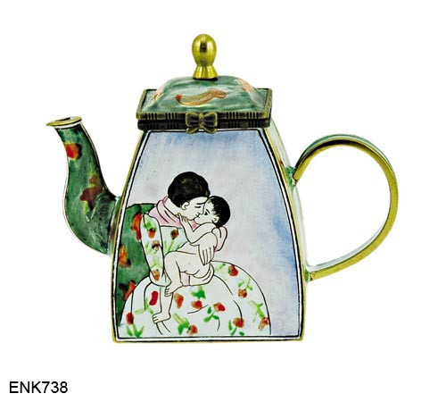 ENK738 Kelvin Chen Mary Cassatt Mothers Kiss The National Gallery of Art, Washington D.C. Enamel Hinged Teapot