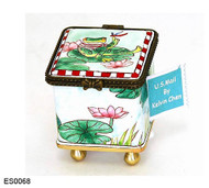 ES0068 Kelvin Chen Frog on Lily Pad Stamp Box
