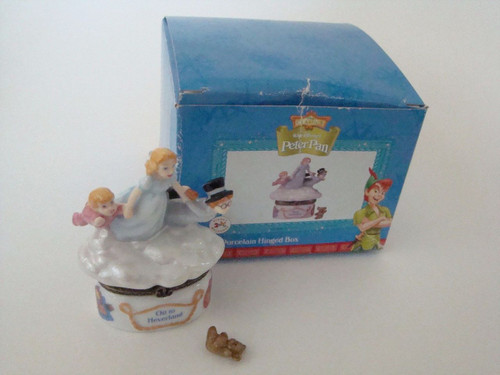 Disney Peter Pan Wendy & Boys Flying PHB