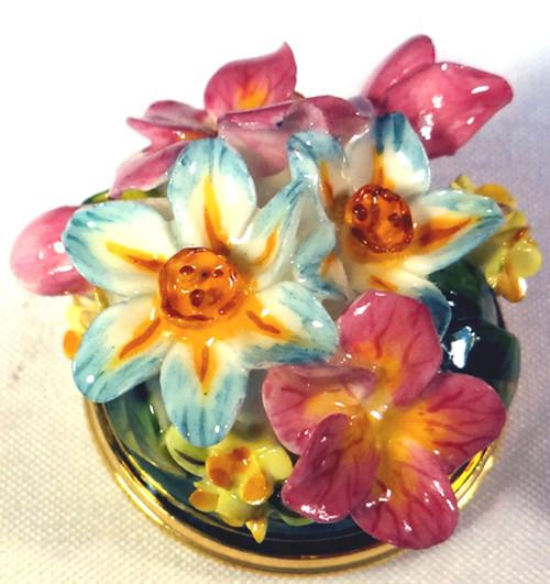 Staffordshire Mixed Bouquet B/B (92-007)