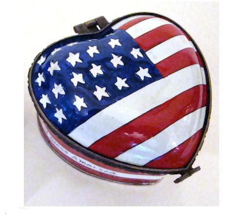 EH402 Kelvin Chen USA Flag Heart Shaped Enamel Hinged Box