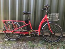 Demo Hilleater Gabriola long tail cargo bike
