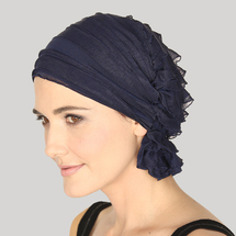 Betty Ruffle Chemo Beanie - navy ruffle
