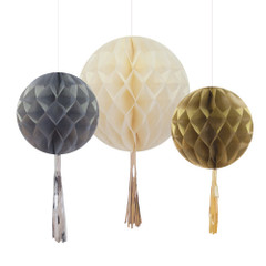 Mixed Metallic Honeycomb With Tassel