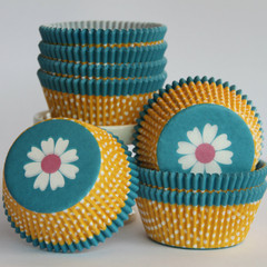 [SALE] Flower Power Cupcake Liners