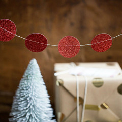 Holiday Collection: Red Mini Circle Banner