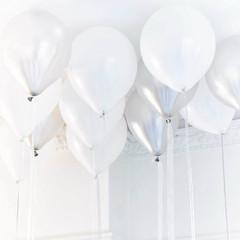 Balloons: 30 White & Silver