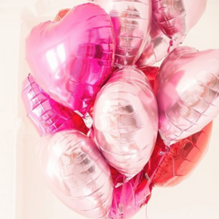 We heart U,  helium-filled balloons