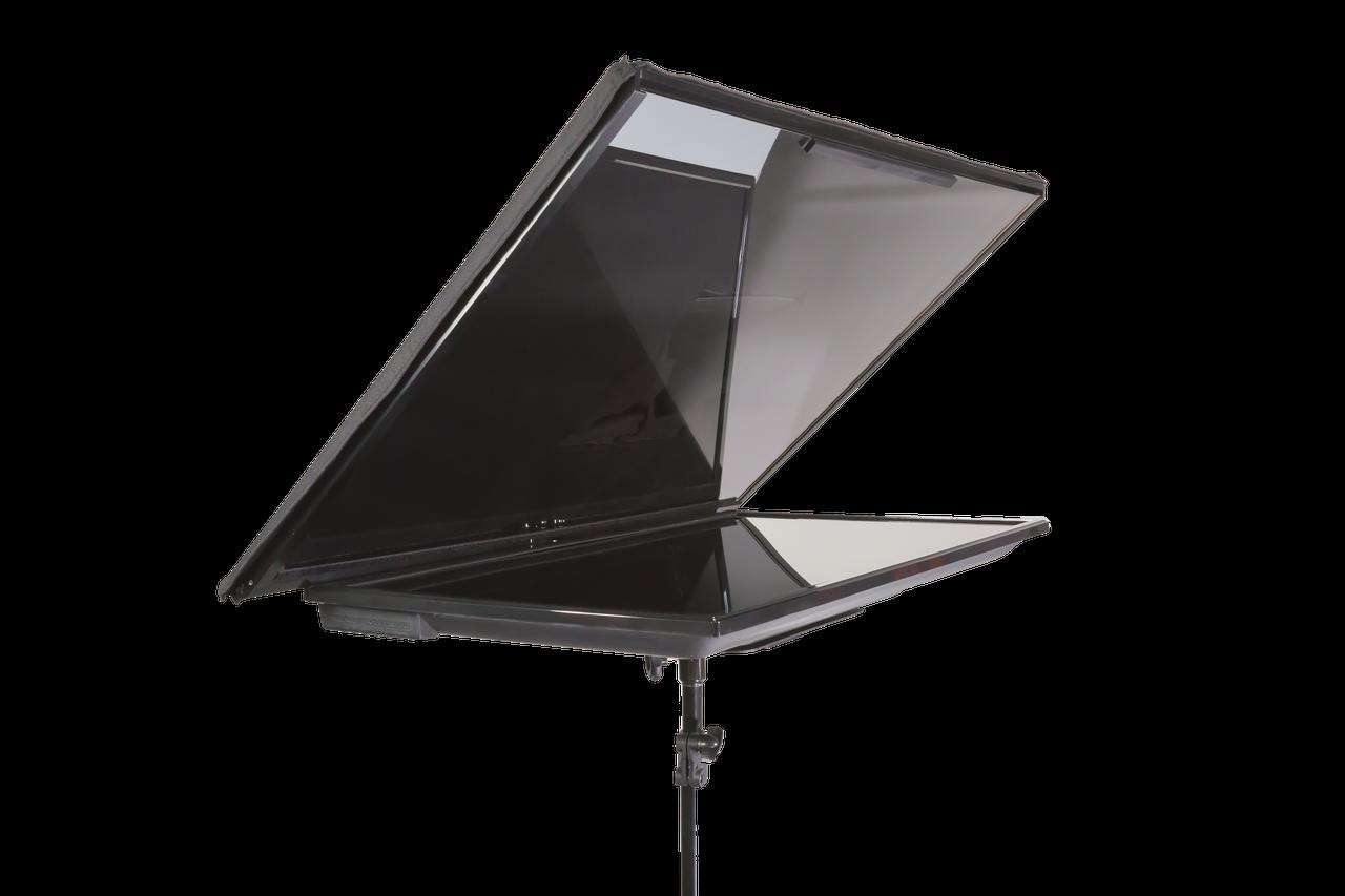 "QGear Pro 32"" Regular FreeStand Series - Solo"