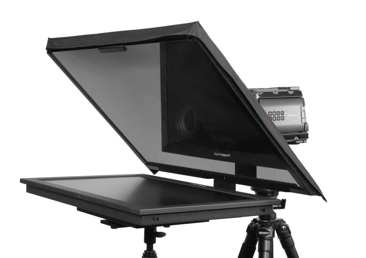 "QGear Pro Free Stand 24"" HighBright Angled"