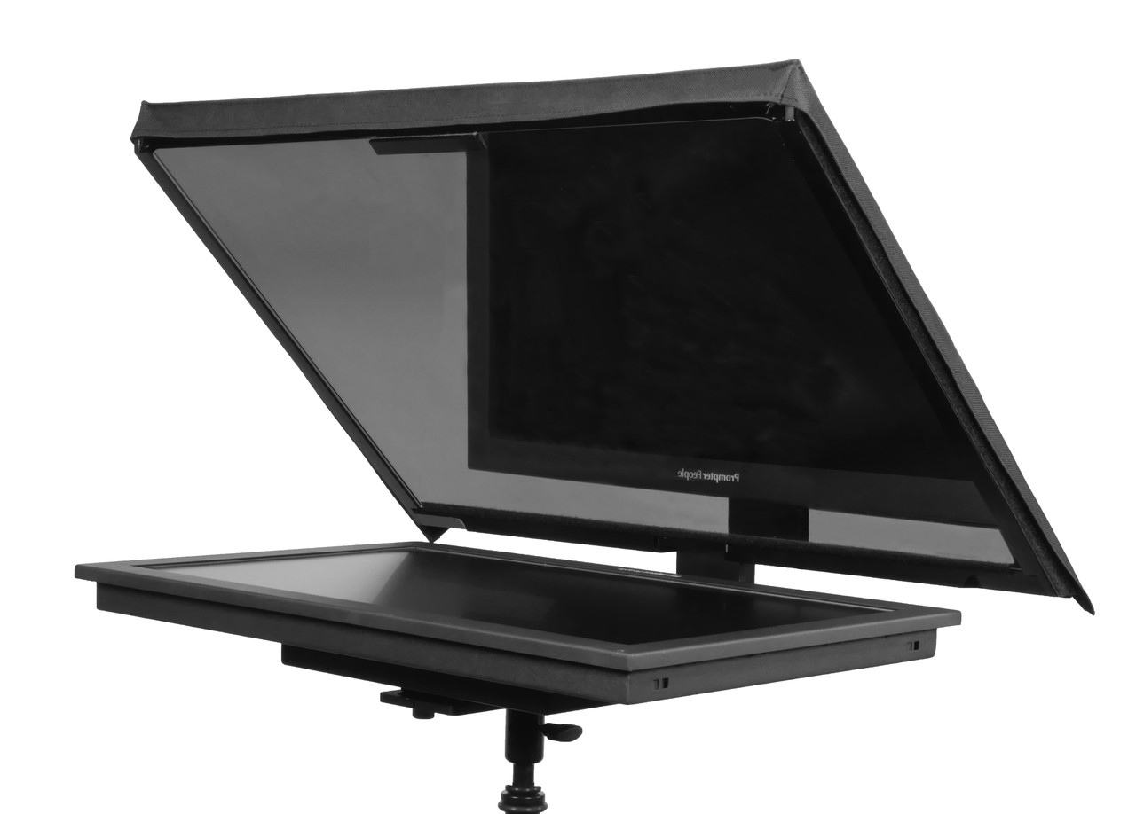 "QGear Pro Free Stand 24"" HighBright Solo Angled"