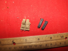 1/6 Hot Toys/Soldier Story Pistol Clip Pouch & 2 x Clips #314 Tan