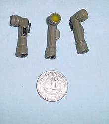 Miniature 1/6th Scale 1 x WW2 U.S. Army Flashlight Yellow Len