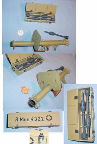 Miniature 1/6 WW2 German RPzB54/1 Panzerschreck and Shells
