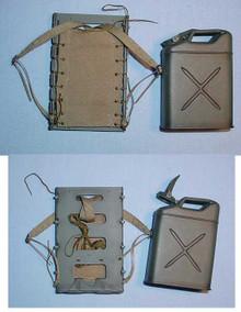 Miniature 1/6 WW2 U.S. M43 Packboard w/Water Can