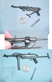 Miniature 1/6 WW2 German dual clip MP40 RARE