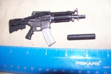 Miniature 1/6th Scale M4 Shortie w/silencer