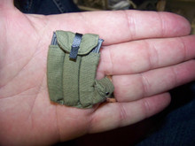 Miniature 1/6th Scale Canvas MP44 Ammo Pouches & 3 x Clips