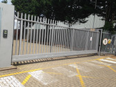 CSA8000 AUTOMATIC CANTILEVER GATE