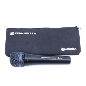 Sennheiser e935 Dynamic Cardioid Microphone MC-3025