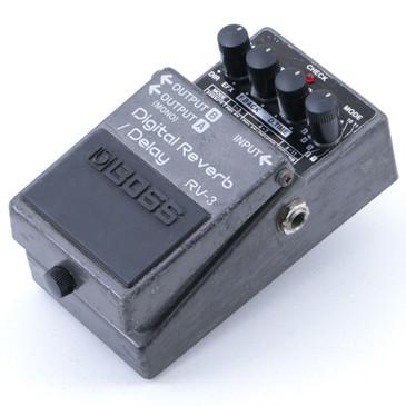 Boss RV-3 Digital Reverb / Delay Guitar Effects Pedal P-06986