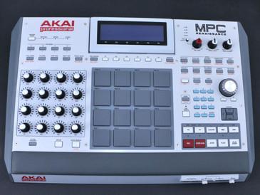 Akai Professional MPC Renaissance  Music Production Controller ***No Software***