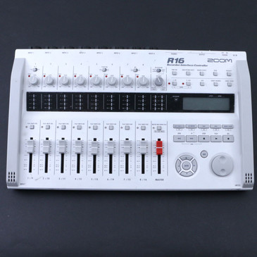 Zoom R16 Recorder: Sampler: Interface: Controller P-07101
