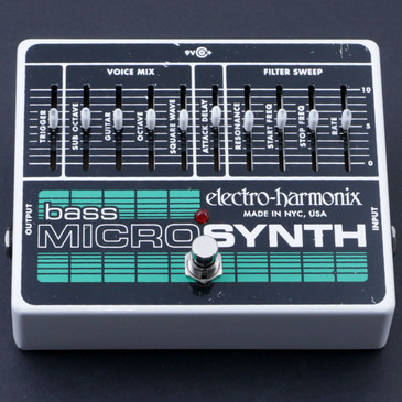 Electro-Harmonix Bass MicroSynth Synthesizer Bass Guitar Effects Pedal P-07097