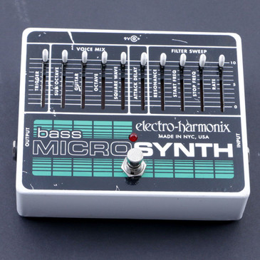 Electro-Harmonix Bass MicroSynth Bass Guitar Effects Pedal P-07162