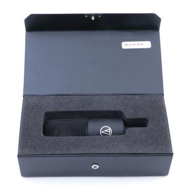 Audio-Technica AT4040 Condenser Cardioid Microphone MC-3213