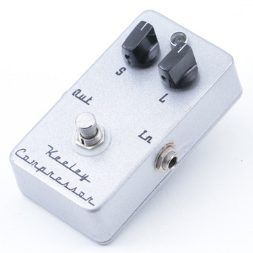 Keeley 2 Knob Compressor  Guitar Effects Pedal P-07436