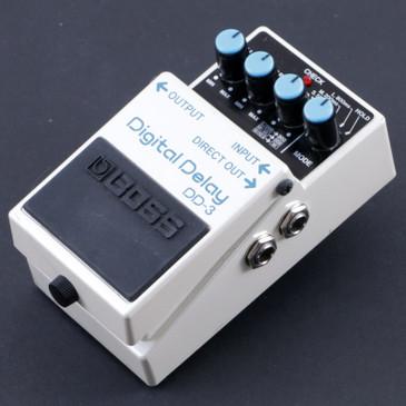 Boss DD-3 Digital Delay  Guitar Effects Pedal P-08047