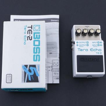 Boss TE-2 Tera Echo Echo Bass Tube Amp Emulator P-08060