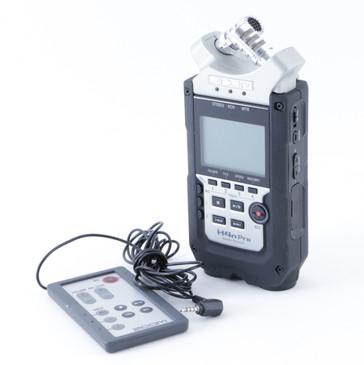 Zoom H4N Handy Recorder w/ Case & Remote OS-8567