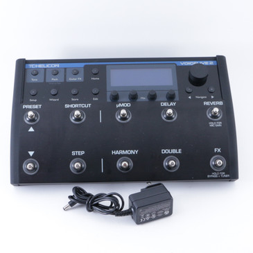 TC Helicon Voicelive 2 Vocal Multi-Effects Pedal & Power Supply P-08324