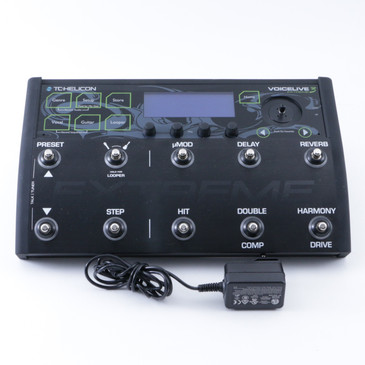 TC Helicon VoiceLive 3 Extreme Vocal Multi-Effects Pedal & Power Supply P-08381