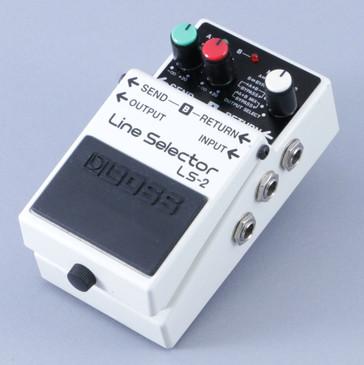 Boss LS-2 Line Selector Guitar Effects Pedal P-08357