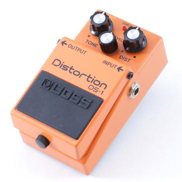 Boss DS-1 Distortion Guitar Effects Pedal P-08359
