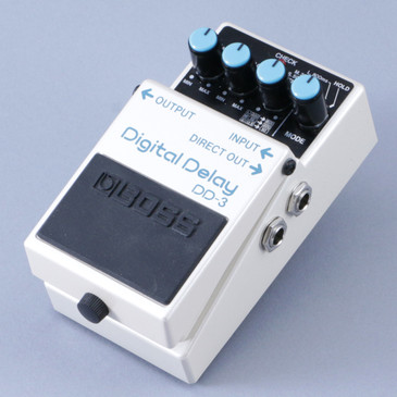 Boss DD-3 Digital Delay Guitar Effects Pedal P-08356