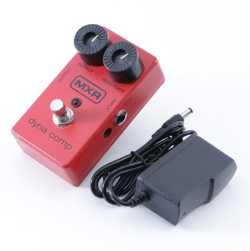 MXR Dyna Comp Compression Guitar Effects Pedal & Power Supply P-08474