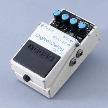 Boss DD-3 Digital Delay Guitar Effects Pedal P-08478